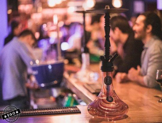 bares para fumar cachimbas
